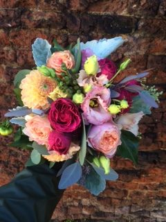 bridal bouquet in autumn colours