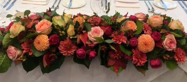 toptable arrangement in autumn colours